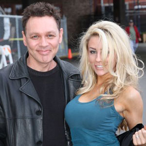 Doug-Hutchison-and-Courtney-Stodden